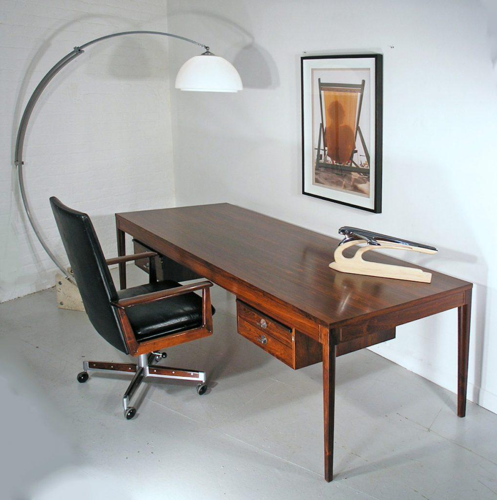Finn Juhl Diplomat desk