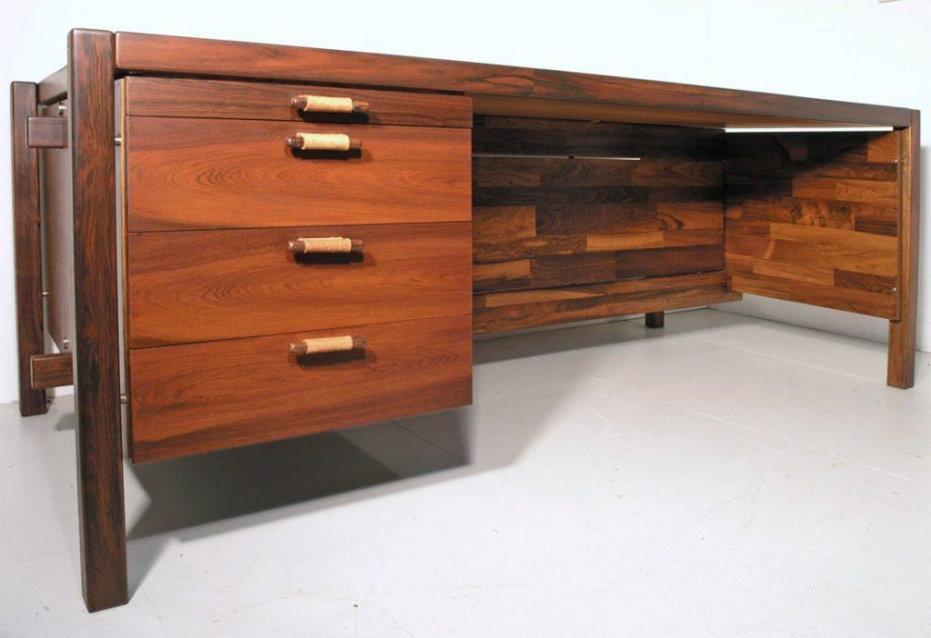 Zalszupin desk